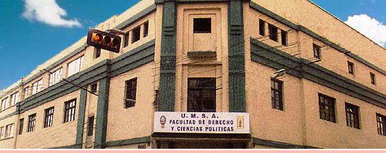 13 ene 2014 Facultad de Derecho inscribe para curso de admisión 2014
